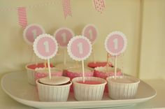 cakes candy table