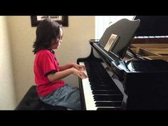 7-year-old boy with autism plays beautiful Taylor Swift medley - http://www.baindaily.com/7-year-old-boy-with-autism-plays-beautiful-taylor-swift-medley/