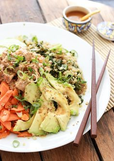 Little Broken | Quinoa Spicy Tuna Sushi Bowl | http://www.littlebroken.com