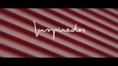 No nosso terceiro episódio do Inspirados pelo Brasil, faremos uma viagem por uma casa construída em 1953 e projetada pelo arquiteto Lolô Cornelsen. A residência, em estilo modernista, é considerada um ícone da arquitetura de Curitiba, com suas formas retas e nada convencionais para a época. Confira!