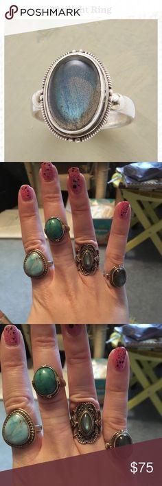 Nwot labradorite sterling silver ring! Size 6 NWOT labradorite ring sterling silver size 6 Sundance Jewelry Rings