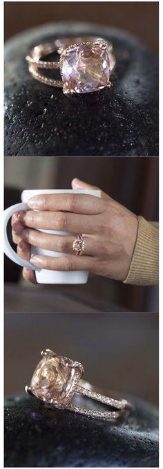 #haloring #engagementrings #cushioncutengagementring