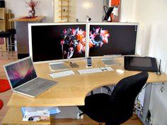 30 geweldige kantooromgevingen: iMac speakers http://www.kantoorruimtevinden.nl/blog/30-geweldige-kantooromgevingen/