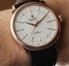 Rolex Cellini Time Watch this classy? ROLEX-the name says it all… Stylish Watches, Cool Watches, Rolex Watches, Man Watches, Casual Watches, Gold Rolex, Swiss Luxury Watches, Luxury Watches For Men, Vintage Rolex