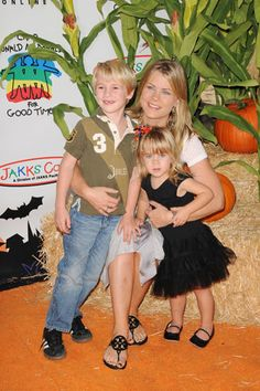 Alison Sweeney and her two gorgeous children at last year's Camp Ronald McDonald Halloween party. Grimm Cast, Miss The Old Days, Alison Sweeney, Forever Life, James Scott, Soap Stars, Family Trees, Famous Couples, Days Of Our Lives