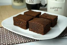 Gluténmentes triplacsokis brownie RIZSLISZTBŐL | Gluténmentes élet Sin Gluten, Gluten Free Recipes, Healthy Recipes, Cookie Recipes, Paleo, Good Food, Food And Drink, Low Carb, Snacks