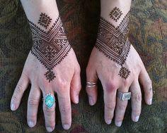 Moroccan style cuffs by Nomad Heart Henna Mehandi Henna, Henna Ink, Henna Tattoo Hand, Mehndi Art, Henna Tattoos, Cute Henna Designs, Henna Tattoo Designs, Mehndi Designs, Tattoo Ideas