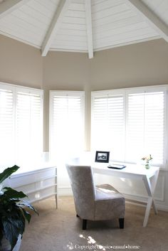 Benjamin Moore Manchester Tan. Current living and Dining Room