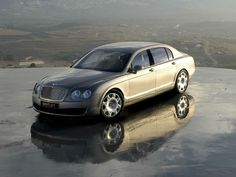2013 Bentley Continental Flying Spur Wallpaper