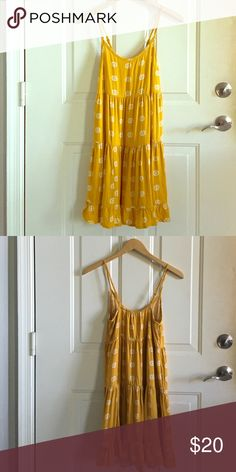 boho sunflower yellow babydoll dress mossimo small sold out quickly at target! lovely boho sundress, size small. mossimo. worn once, machine washed gentle and line dried. in fabulous condition! Mossimo Supply Co. Dresses