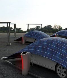 Des tentes solaires pour recharger sa voiture - V-Tent, c'est le nom de la structure, est fabriquée grâce à un textile multicouches recouvert d'un panneau solaire flexible.