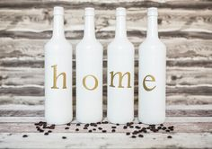 Das besondere Dekohighlight, bestehend aus 4 Blanchet Weinflaschen, ist ein echter Hingucker! Die Flaschen sind liebevoll und individuell gestaltet und können auf Wunsch auch in anderen Farben...