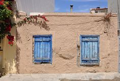 Old house in #Ierapetra.   Παλιό σπίτι στην Ιεράπετρα.     Photo by Marc Ryckaert (Bruges, Belgium) Bruges, Greek Islands, Europe, The Incredibles, Memories, Places, House, Beautiful, Windows