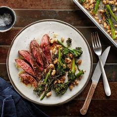Sheet-Pan Skirt Steak With Balsamic Vinaigrette, Broccolini, and White Beans