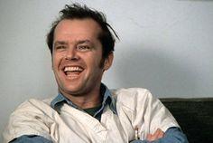 UM ESTRANHO NO NINHO, 1975 - Dirigido por Milos Forman.  Título original:One Flew Over the Cuckoo's Nest. Elenco: Jack Nicholson, Michael Berryman, Louise Fletcher, William Redfield. Gênero: Drama. País de origem: EUA.