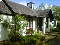 43 best holiday cottage escapes images holiday accommodation rh pinterest com