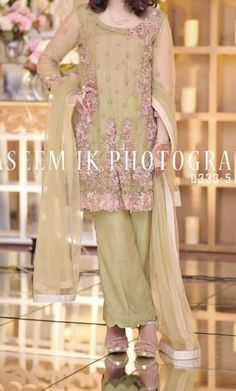 You are in the right place about Groom Outfit night Here we offer you the most beautiful pictures about the Groom Outfit brown you are looking for. When you examine the part of the picture you can get Night Outfits, Spring Outfits, Outfit Night, Engagement Dresses, Groom Outfit, Wedding Wear, Formal Wear, Bride Groom, Most Beautiful Pictures