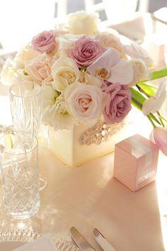 Floral centrepieces by Karen Tran Florals & Events // Milque Photography #weddingflowers #wedding #karentran
