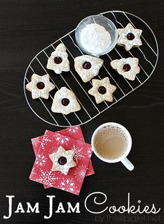 Jam Jam Cookies Recipe and Burnbrae Farms Giveaway - This Lil Piglet Christmas Cookie Exchange, Christmas Desserts, Christmas Baking, Christmas Cookies, Christmas Carol, Christmas Recipes, Cookie Recipes, Dessert Recipes, Jam Jam