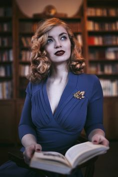 Beautiful 1940s fashion. Model: Vintagemaedchen by Victoria, Photo by Sophia Molek and Clothes by Miss Candyfloss. More on vintagemaedchen.d.... #Nostalgia #VintageStyle #40sStyle