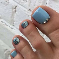 Nageldesign Hair Straightening Tips and Tools Women from all walks of life are always battling their Gel Toe Nails, Gel Toes, Feet Nails, Toe Nail Art, My Nails, Jamberry Nails, Pretty Toe Nails, Cute Toe Nails, Fancy Nails
