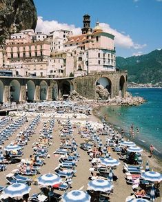 Minori's beach on Amalfi Coast Places To Travel, Travel Destinations, Places To Visit, All Inclusive Italy, Portugal Porto, Italy Vacation Packages, Italy Landscape, Visit Italy, Dream Vacations