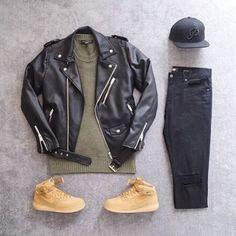 Jaqueta de Couro. Macho Moda - Blog de Moda Masculina: Jaqueta de Couro Masculina, pra Inspirar e Onde Encontrar. Moda Masculina, Moda para Homens, Roupa de Homem, Inverno Masculino, Moda Masculina 2017. Jaqueta de Couro Perfecto, Jaqueta de Couro Biker Jacket. Boné aba reta, Nike Air Force 1 Marrom