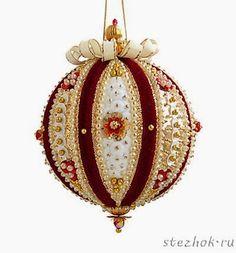 Новогодние шары из бисера