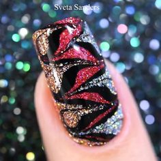 Sparkly nail design tutorial by @sveta_sanders Sparkly Nail Designs, Sparkly Nails, Nail Art Designs, Chic Nails, Fun Diy Crafts, Marble Art, Glitter Nail Art, Toenails, Nail Fashion
