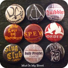 """Here+we+have+nine+1""""+pin+back+buttons+for+the+SUPREME+Harry+Potter+fan!++They+look+great+pinned+onto+your+schoolbag+or+Hogwarts+robes.+    You+will+receive+the+following+9+buttons:  ~DA+coin  ~Quibbler  ~Make+love,+not+Horcruxes  ~Deathly+Hallows  ~SPEW  ~Order+of+the+Phoenix  ~Slug+Club  ~Daily+..."""