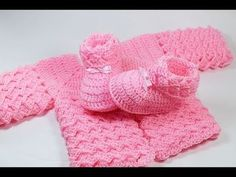 This baby layette set is so cute and perfect… Cutest crochet baby outfit! This baby layette set is so cute and perfect to add to your collection of clothing for your brand-new baby. The… Continue Reading → Crochet Baby Sweater Pattern, Crochet Baby Blanket Beginner, Crochet Baby Jacket, Crochet Baby Sweaters, Baby Sweater Patterns, Baby Girl Crochet, Crochet Baby Shoes, Crochet Baby Clothes, Newborn Crochet
