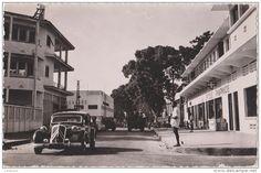 """Conakry: années 1950, le centre """"ville"""". Chez Rodas, boucherie climatisée, viande de France par avion! L'Afrique s'éveille!"""