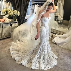 Beautiful strapless mermaid wedding dress #weddingdresses #weddingdress