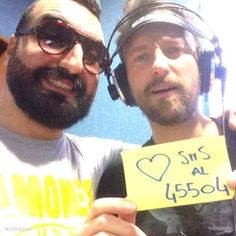 Il nostro Squalo Iaco ha colpito ancora! questa volta nel suo mirino il grande Francesco Facchinetti. Insieme hanno lanciato il loro appello in diretta su Radio KissKiss.