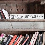 "Letrero ""Keep calm and carry on"" www.mrwonderfulshop.es #deco #home"
