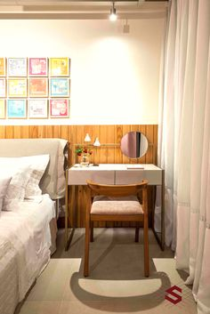 Sister Bedroom, Suites, Closet Bedroom, Decoration, My Room, Simple Designs, Home Office, Dining Bench, Small Spaces
