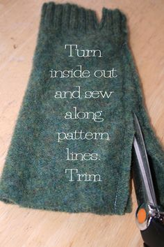DIY Fingerless mittens from a felted wool sweater4