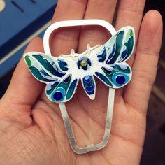Emaliowana biżuteria - kolekcja barwnych motyli - Sztuk Kilka - Marta Norenberg Lapis Lazuli, Headphones, Wood, Headpieces, Ear Phones