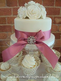 Wedding Rose Posy Top Cake