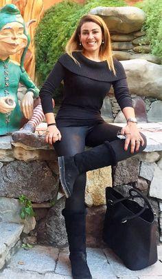 Un look casual para un día de paseo,botas y suéter #Michael Kors