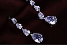 Shiny Rhinestone Drop Earrings$42.00 ,Style No.: LJE00008