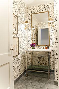 Half bath: use stencil on walls? Am I brave enough? Yes!