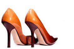 Limpiar los zapatos sintéticos con alcohol - Trucos de hogar caseros
