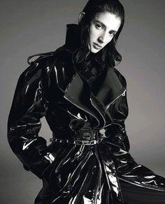 Remington-Williams-Julia-Nobis-Rachel-Marx-Vogue-Italy-March-2018-Steven-Meisel- (7).jpg
