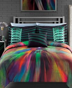 Lovee this bed spread