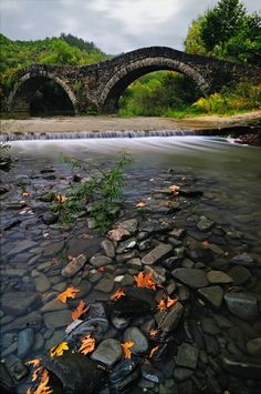 SEASONAL – SUMMER – a time for vacationing to all corners of this amazing world we live in, including a trip to see the ancient bridge in zagori, greece, photo via sally. Best Places To Travel, The Places Youll Go, Places To See, Beautiful World, Beautiful Places, Beautiful Scenery, Old Bridges, Nature Scenes, Greece Travel