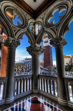 Venetian Columns, Las Vegas