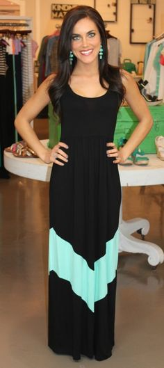 Dottie Couture Boutique - Chevron Maxi-Black $49