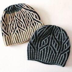 Arm Knitting, Knitting Stitches, Crochet Patterns For Beginners, Knit Patterns, Knit Crochet, Crochet Hats, Christmas Knitting Patterns, Paintbox Yarn, Red Heart Yarn