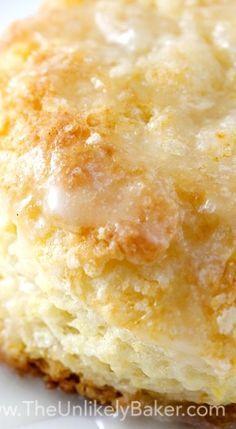 Quick & Easy Lemon Buttermilk Scones - The Unlikely Baker Buttermilk Recipes, Lemon Recipes, Easy Cake Recipes, Baking Recipes, Dessert Recipes, Bread Recipes, Desserts, Breakfast Cake, Breakfast Dishes